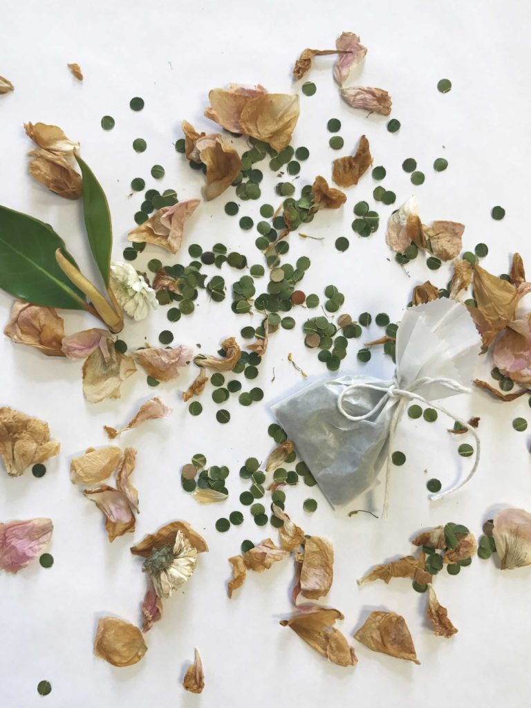 Leaf confetti for an eco wedding